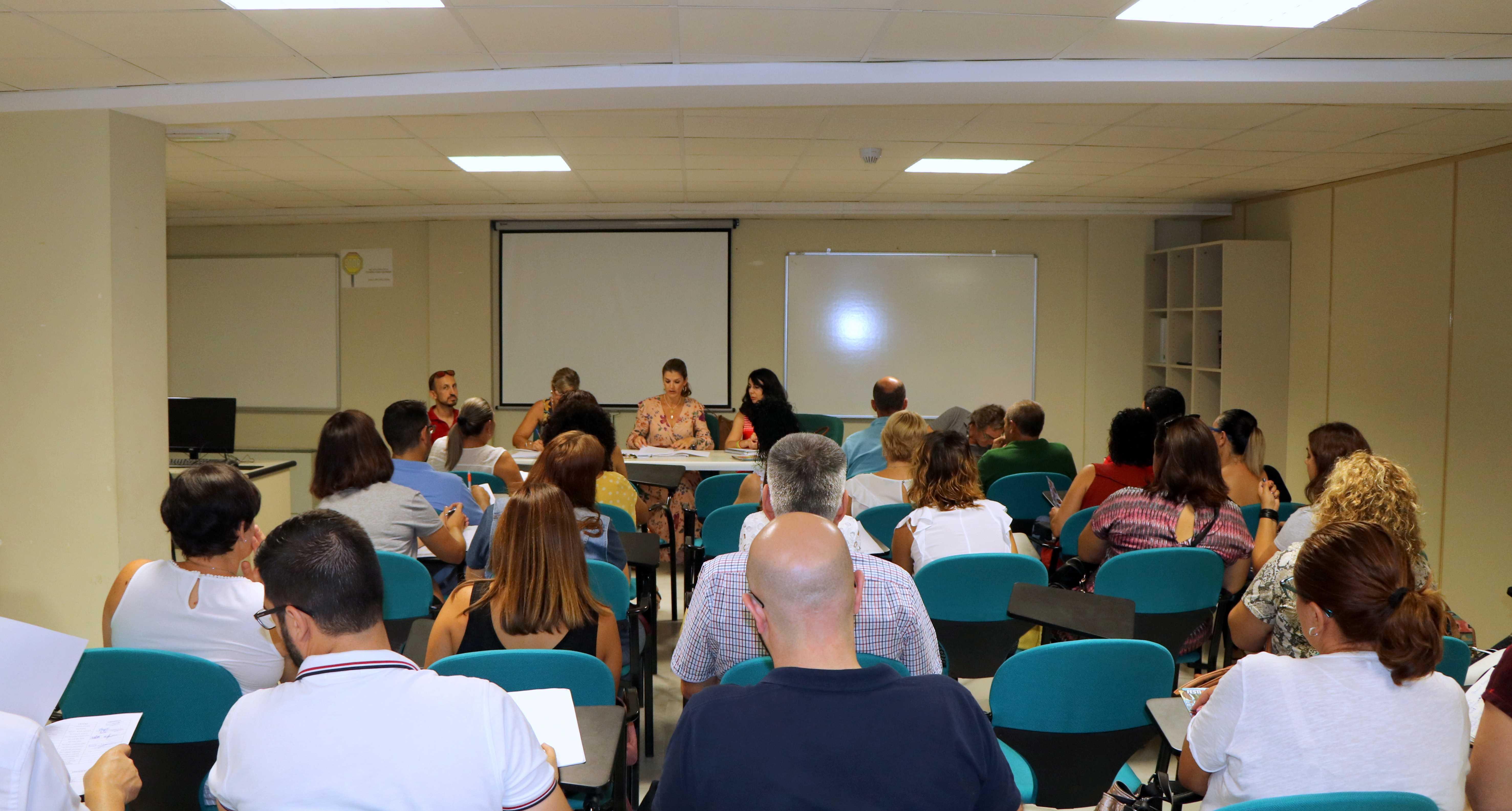 El Consejo de AMPAS repasa las actuaciones realizadas en materia educativa e incide en las previstas por la Junta a corto plazo y medio plazo
