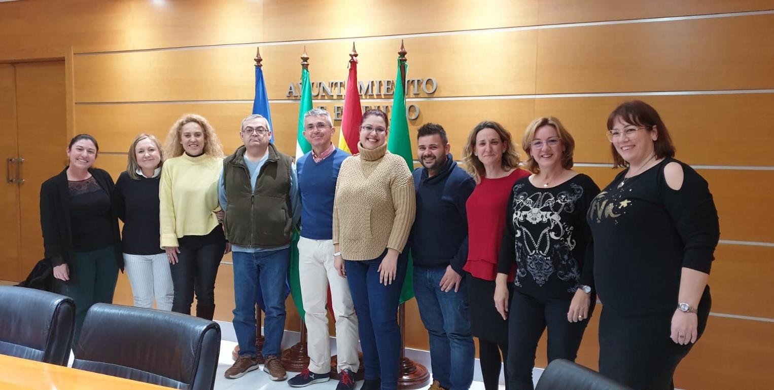 Ayuntamiento y asociaciones de Comerciantes se reúnen para elaborar el calendario anual de eventos que contribuya al fomento y promoción de la actividad socioeconómica del municipio