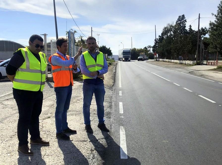 El gobierno local finaliza las obras de pavimentación y adecuación de dos importantes tramos circulatorios de la carretera de Iryda