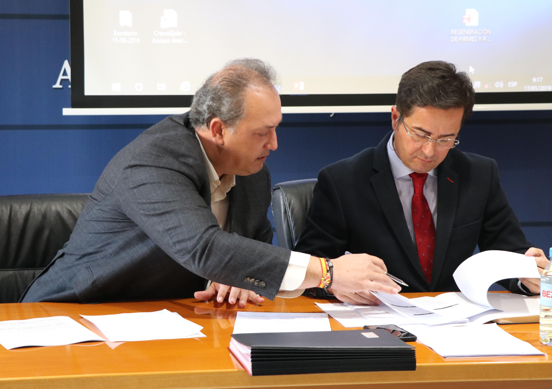 El gobierno local sigue innovando en nuevas tecnologías y dotará de cobertura wifi a 27 edificios municipales, actuación incluida en la EDUSI y cofinanciados al 80% por el FEDER