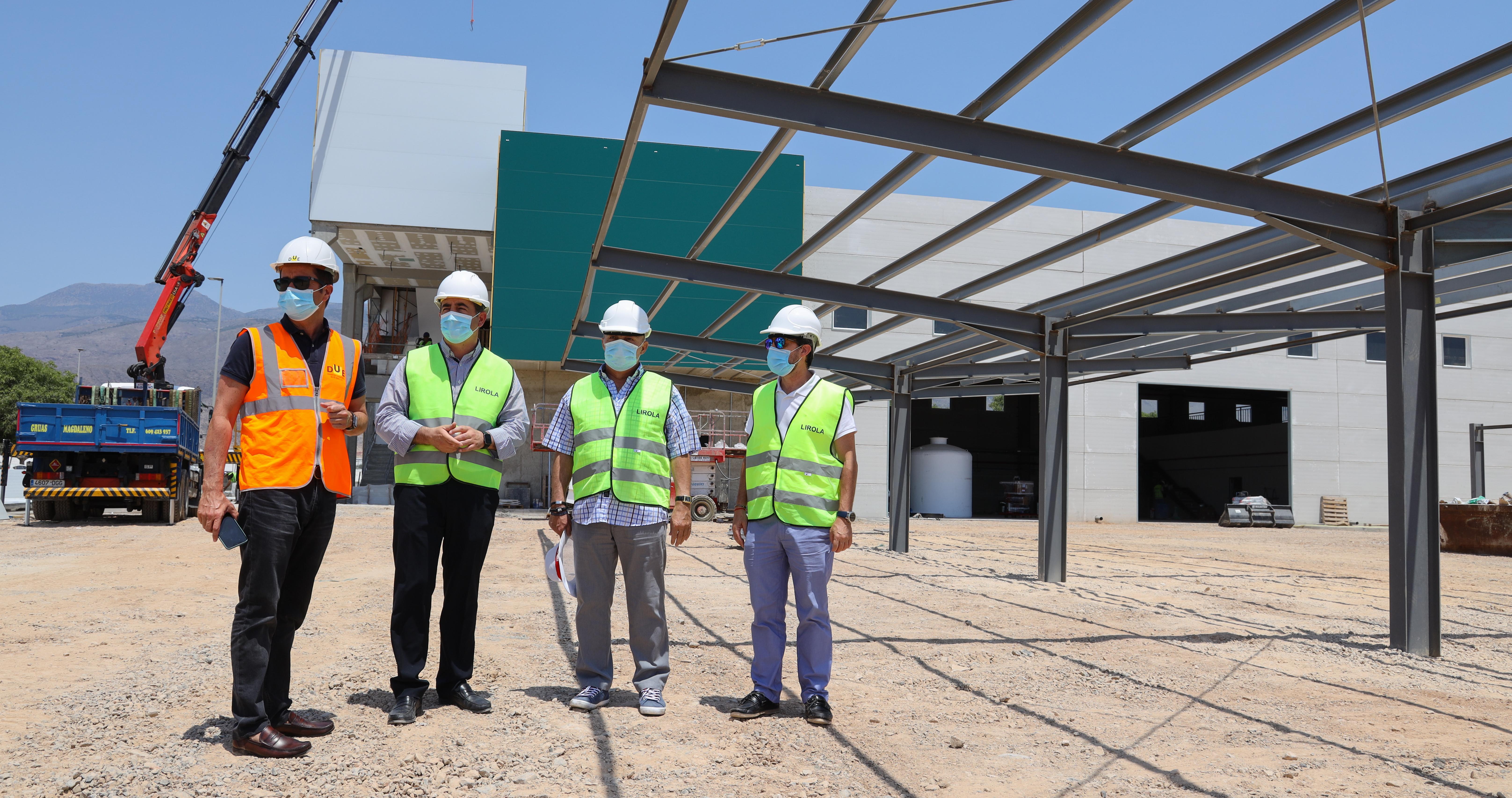 El edificio de la nueva oficina y sede central del Servicio de Limpieza Municipal quedará listo en este mes de julio