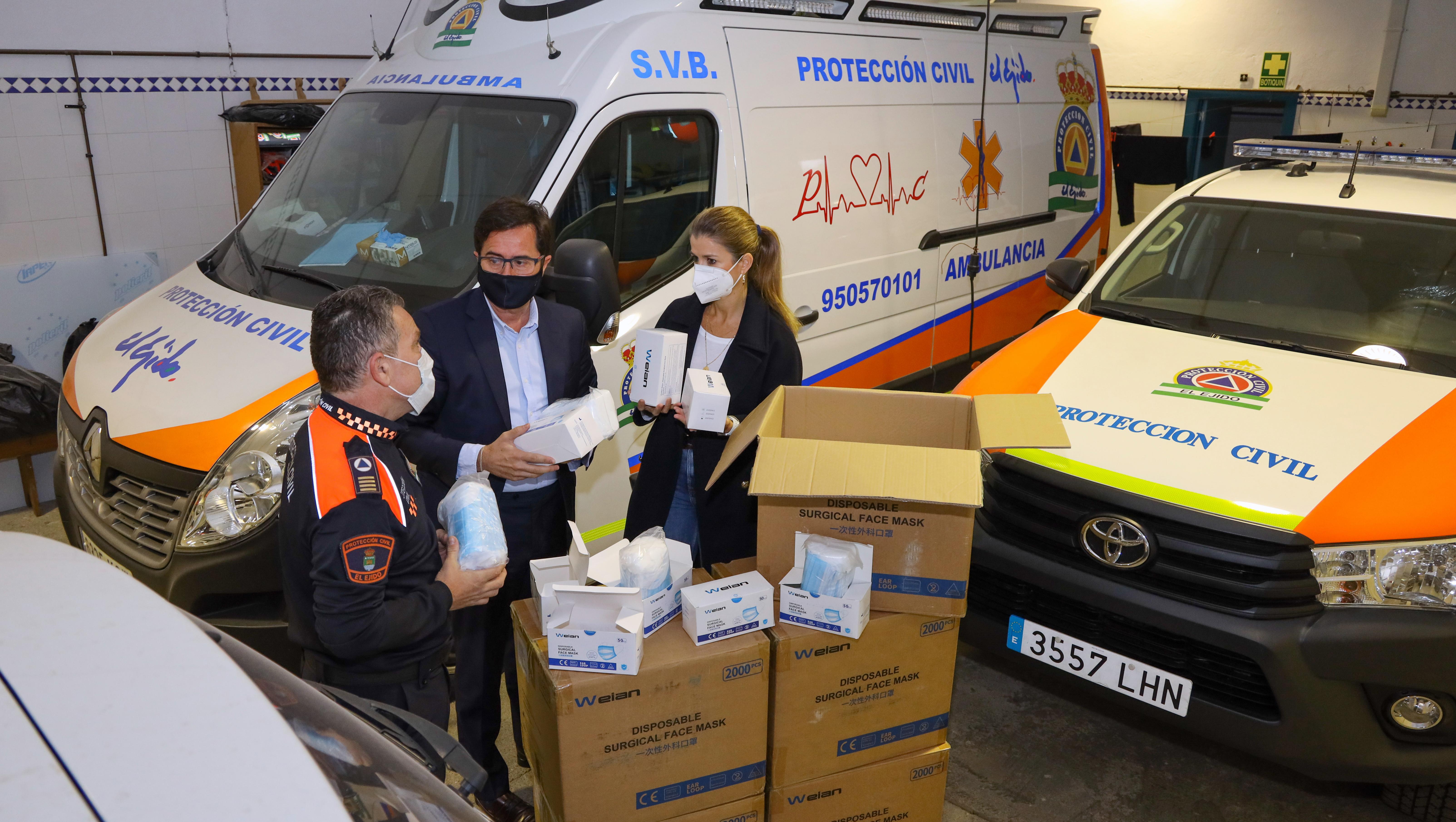 El Ayuntamiento continúa con el reparto de mascarillas higiénicas entre los centros educativos en prevención del COVID-19