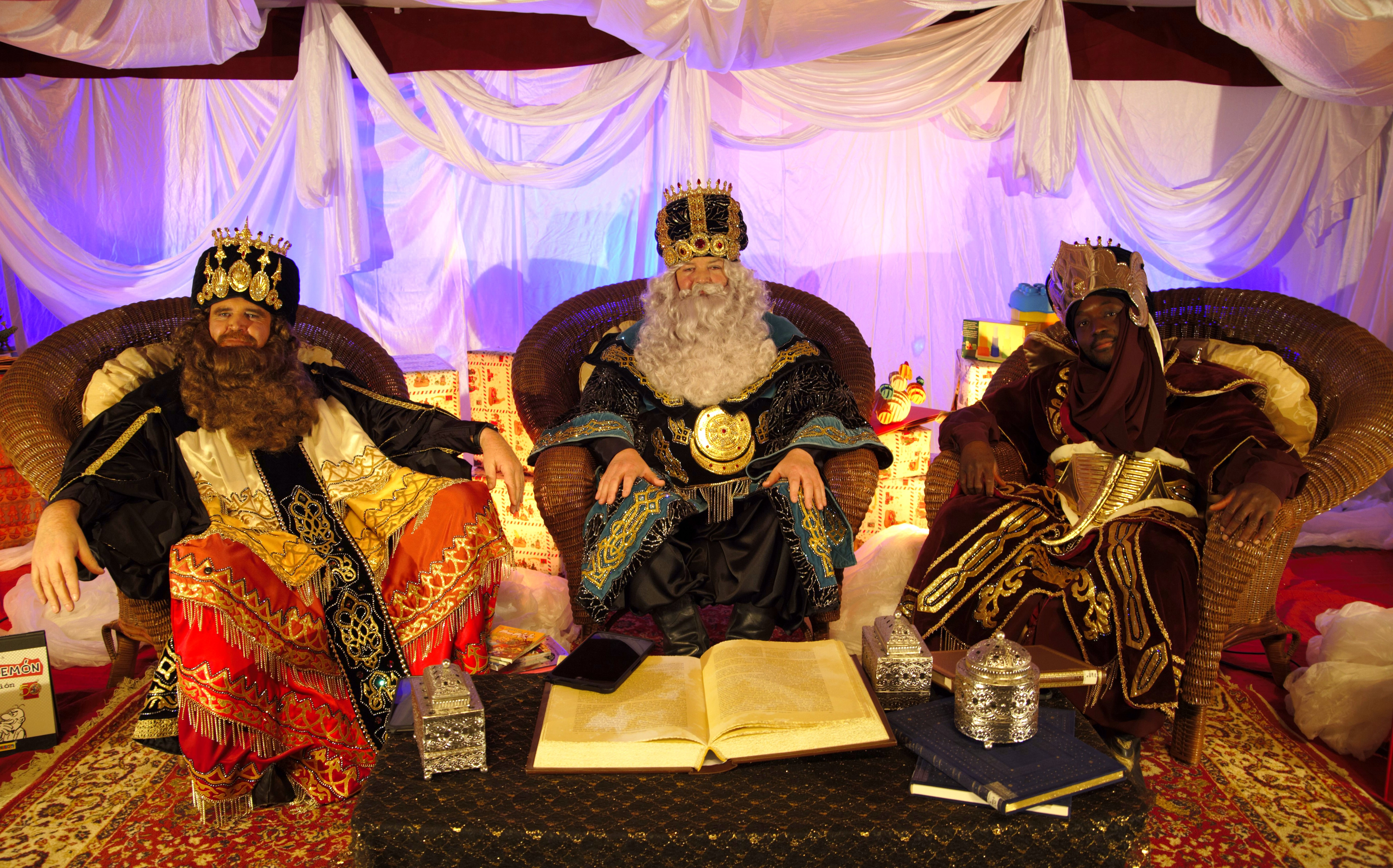 Abierto el plazo para solicitar las videollamadas que conectarán a los Reyes Magos con los niños ejidenses a través de las que podrán transmitir sus deseos y pedir sus regalos para esta Navidad