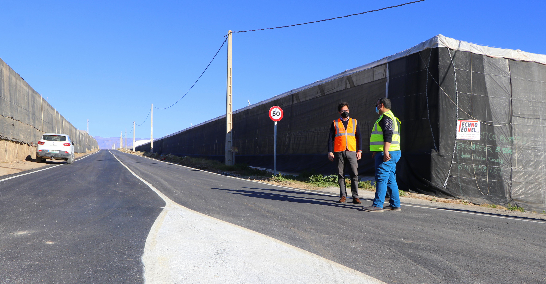 El Ayuntamiento refuerza el plan de limpieza del campo con actuaciones conjuntas e integrales dirigidas a la retirada de plásticos, adecuación de senderos rurales, limpieza de cunetas y campañas de concienciación
