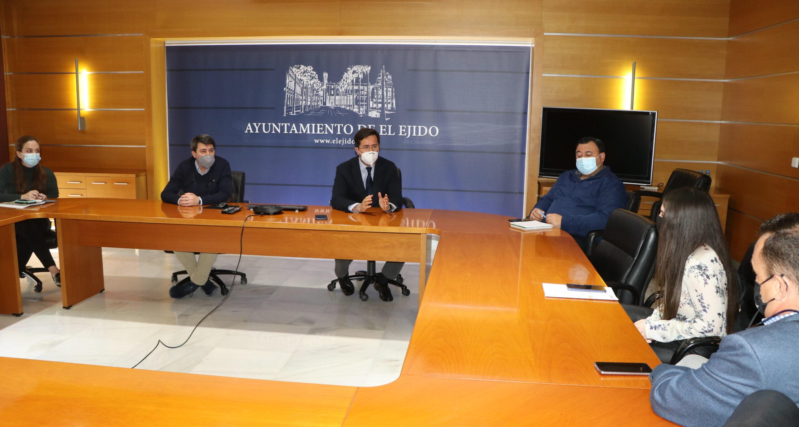 El Ayuntamiento de El Ejido y Grupo Agroponiente trabajan en posibles proyectos conjuntos de protección del medioambiente